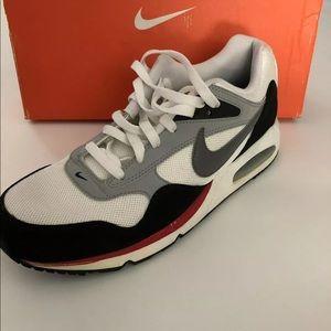 Men's Nike Zoom Vapor Tour Sneakers. Size 10.5
